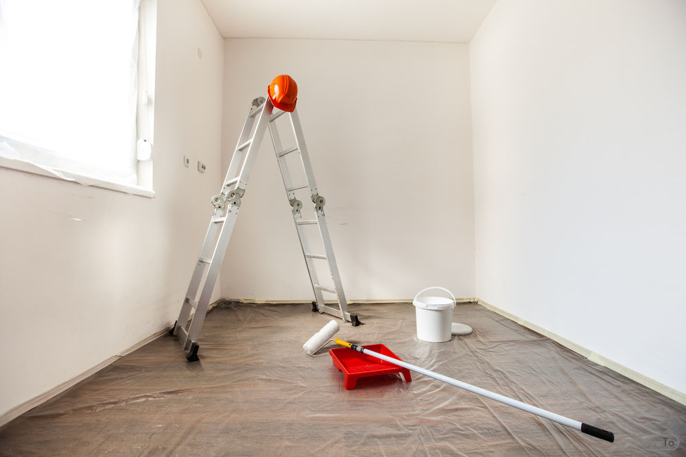 Ahead, you begin to remove the wallpaper paste; you need to do some things. First of all, you need to prepare the room, where you are going to remove the ...