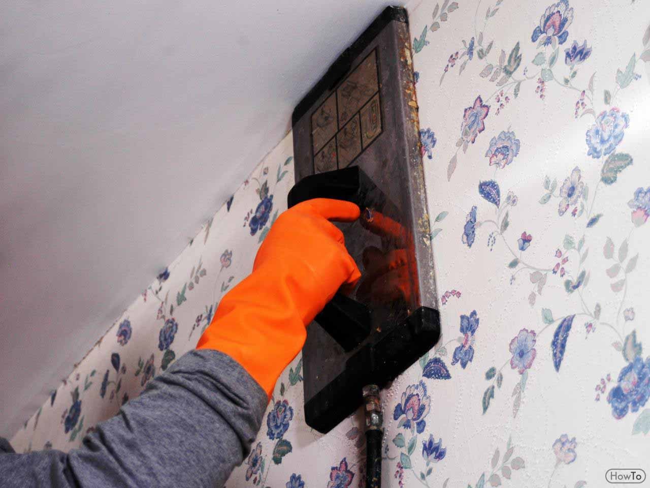 Everyone wants to carefully remove the wallpaper without bringing damages to the walls. If that is the case with you, you need to think about using the ...